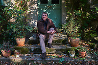 France, Yonne (89), La Puisaye, l'ecrivain Denis Grozdanovitch // France, Yonne (89), La Puisaye, lthe french writer Denis Grozdanovitch