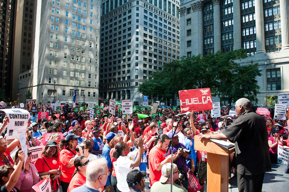 The Chicago Teachers Union and supporters rally at Daley Plaza.