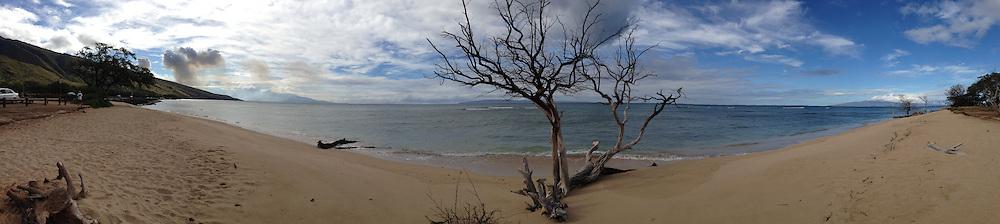 Ukumehame Beach State Park (Panorama), Maui, Hawaii, US