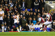Ross Wallace of Burnley scores his team's second goal against Tottenham Hotspur to make it 0-2 during the FA Cup match at White Hart Lane, London<br /> Picture by David Horn/Focus Images Ltd +44 7545 970036<br /> 14/01/2015