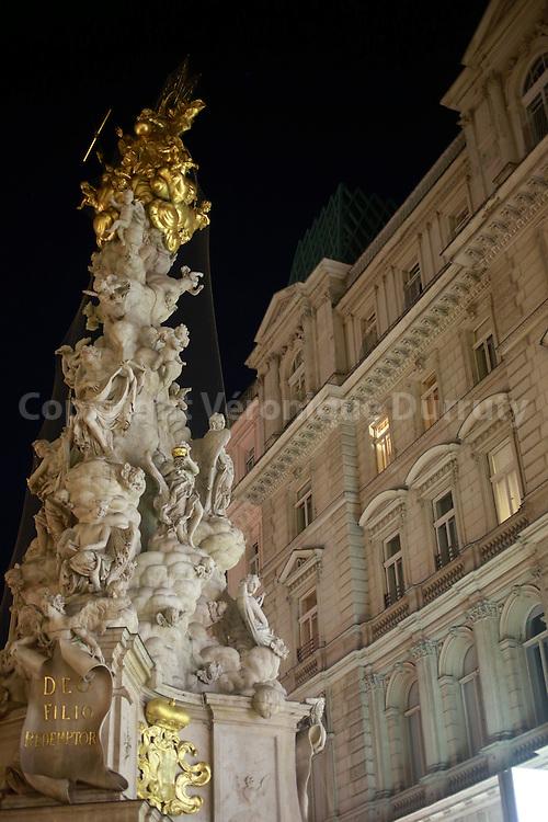Pestsäule in the Graben, Vienna, Austria // La colonne de la peste au milieu du Graben, Vienne, Autriche
