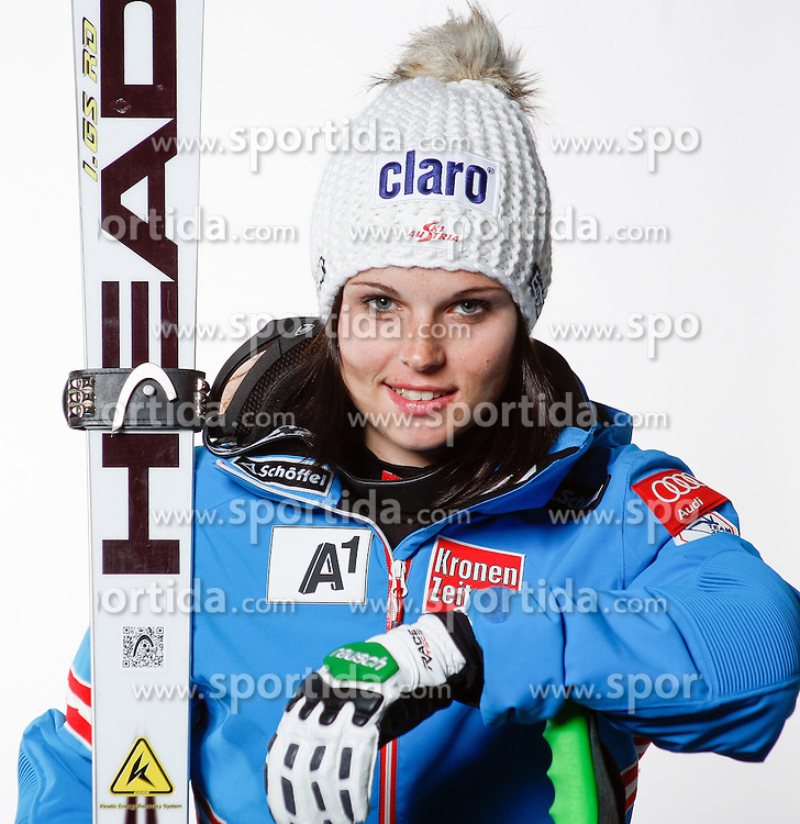 20.10.2012, Messehalle, Innsbruck, AUT, OeSV, Ski Alpin, Fototermin, im Bild Anna Fenninger (OeSV, Skirennlaeuferin) // during the official Portrait and Teamshooting of the Austrian Ski Federation (OeSV) at the Messehalle, Innsbruck, Austria on 2012/10/20. EXPA Pictures © 2012, PhotoCredit: EXPA/ OeSV/ Erich Spiess