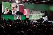 ROMA. PIERLUIGI BERSANI SEGRETARIO DEL PARTITO DEMOCRATICO DURANTE IL SUO DISCORSO ALL'ASSEMBLEA GENERALE