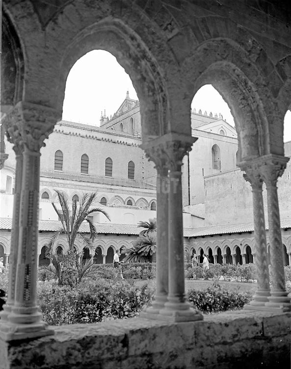 Kloster mit Kreuzgang vom Dom Santa Maria la Nuova in Monreale