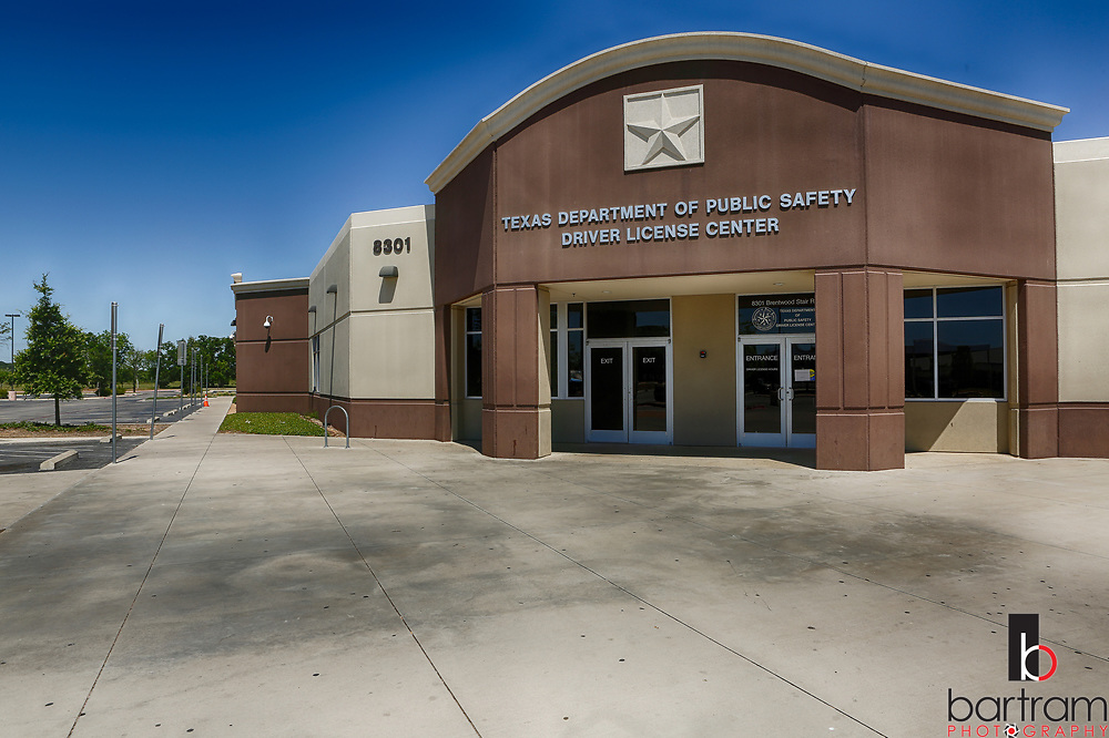Fort Worth DPS Drivers License office. (Photo by Kevin Bartram)