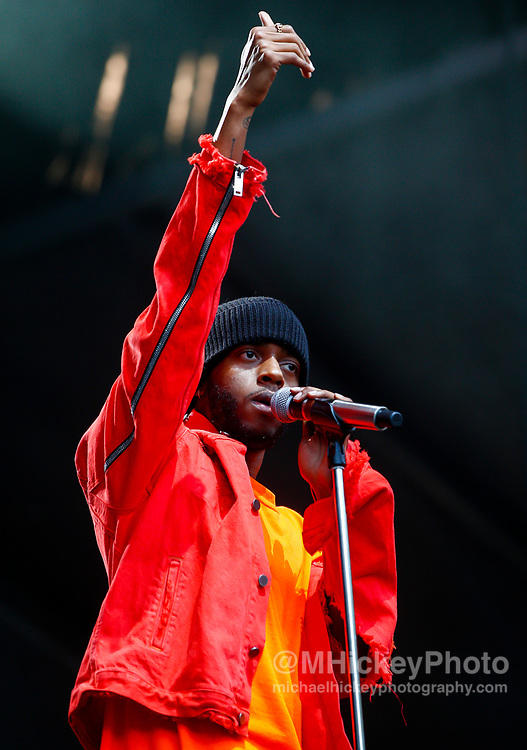 CHICAGO, IL - AUGUST 06: 6lack performs at Grant Park on August 6, 2017 in Chicago, Illinois. (Photo by Michael Hickey/Getty Images) *** Local Caption *** 6lack