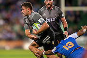 Kieron Fonotia of the BNZ Crusaders breaks past Ben Tapuai of the Western Force during the Canterbury Crusaders v the Western Force Super Rugby Match. Nib Stadium, Perth, Western Australia, 8th April 2016. Copyright Image: Daniel Carson / www.photosport.nz