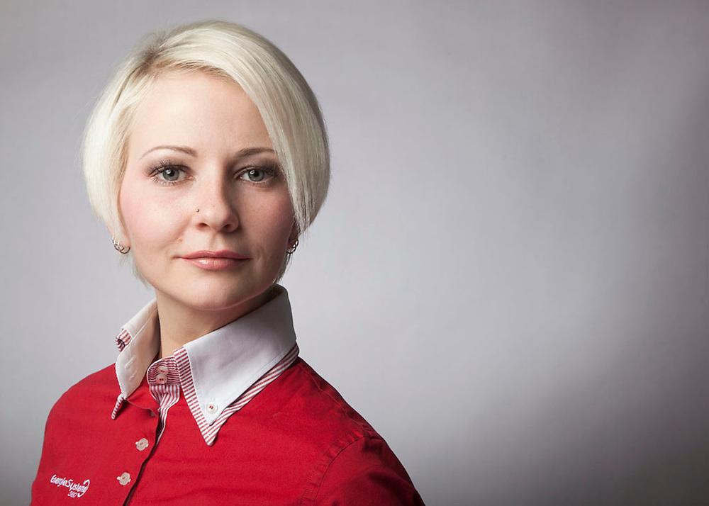 Alexandra Weißenbacher - Business Portrait - Geschäftsfühererin Energiesyteme 360