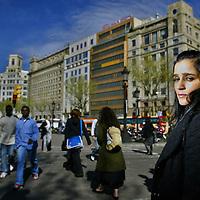 La cantante mexicana, Julieta Venegas, durante una sesion fotográfica por las calles de Barcelona, España