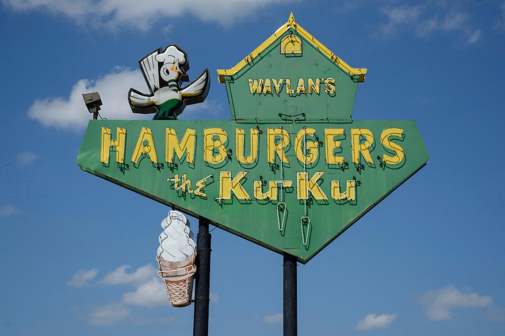USA, Midwest, Oklahoma, Route 66,Miami, Waylan's Ku Ku hamburger restaurant