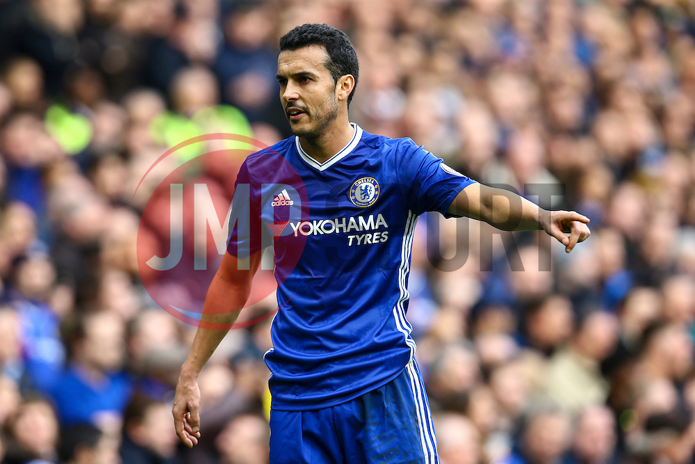 Pedro of Chelsea points to where he would like the throw in - Mandatory by-line: Jason Brown/JMP - 04/01/2017 - FOOTBALL - Stamford Bridge - London, England - Chelsea v Arsenal - Premier League