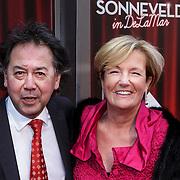 NLD/Amsterdam/20150208 - Herpremiere Sonneveld, Joop Munsterman en partner