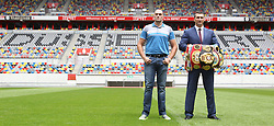 21.07.2015, Esprit Arena, Düsseldorf, GER, WBA Boxkampf, Wladimir Klitschko vs Tyson Fury, Pressekonferenz, im Bild Wladimir Klitschko mit Tyson Fury auf dem Rasen der ESPRIT Arena mit den Weltmeisterguerteln // during a pressconference of the WBA fight between Wladimir Klitschko and Tyson Fury at Esprit Arena in Düsseldorf, Germany on 2015/07/21. EXPA Pictures © 2015, PhotoCredit: EXPA/ Eibner-Pressefoto/ Schüler<br /> <br /> *****ATTENTION - OUT of GER*****