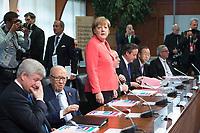08 JUN 2015, ELMAU/GERMANY:<br /> Stephen Harper, Premierminister Kanada, Beji Caid Essebsi, Praesident Tunesien, Angela Merkel, Bundeskanzlerin Deutschland, Haider al-Abadi, Ministerpraesident Irak, David Cameron, Premierminister Vereinigtes Koenigreich, Ban Ki-moon, Generalsekretaer Vereinte Nationen, Grossbritannien, Jean Claude Juncker, Praesident Europaeische Kommission,  vor Beginn der Sitzung der G7-Regierungschefs mit Vertretern afrikanischer Staaten (den sog. Outreach-Staaten) und internationaler Organisationen zu den Themen Entwicklungszusammenarbeit, Frauen und Gesundheit,<br /> Schloss Elmau<br /> IMAGE: 20150608-01-011<br /> KEYWORDS: Garmisch-Patenkrichen, G7 Summit
