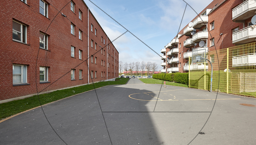 Mjølnerparken, Nørrebro, København, før restaurering, Lejerbo , altaner