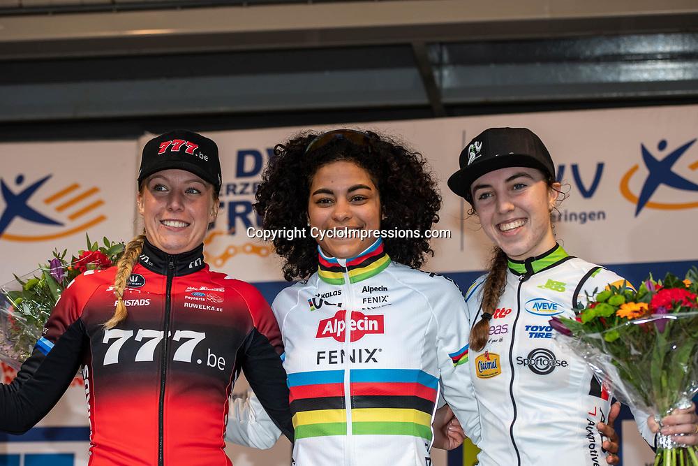 2020-02-08 Cycling: dvv verzekeringen trofee: Lille:: Ceylin del Carmen Alvarado wins in Lille ahead of Annemarie Worst and Shirin van Aanrooij