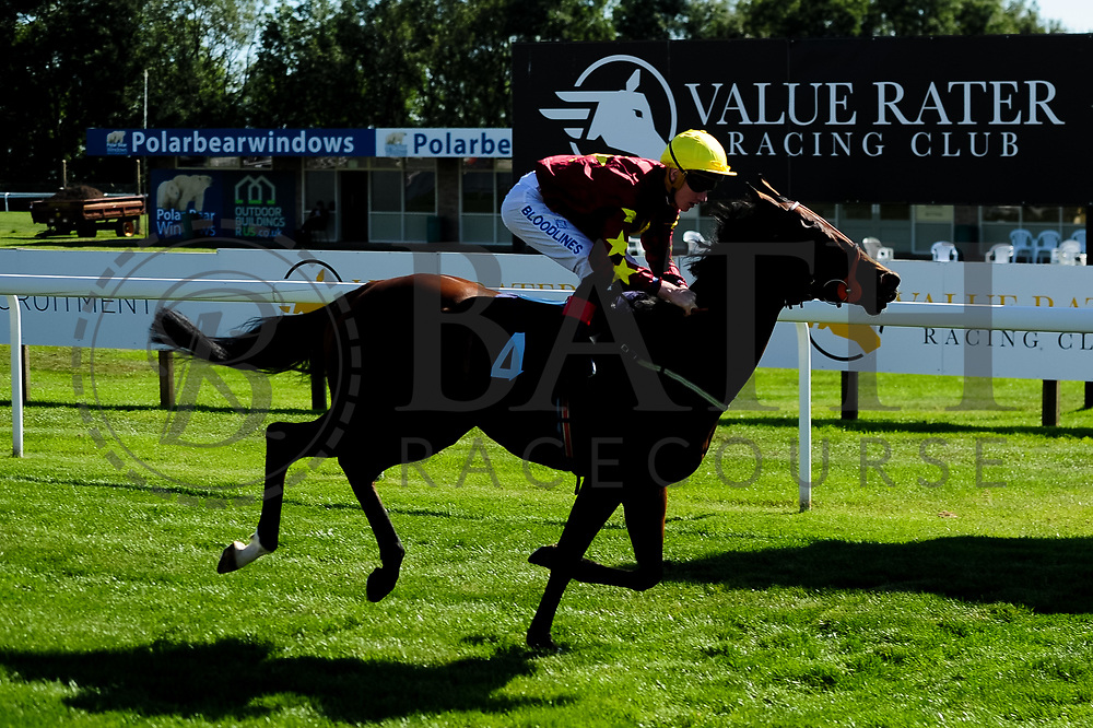 Knockabout Queen ridden by David Egan and trained by Tony Carroll in the Sds Intellistorm Handicap race.  - Ryan Hiscott/JMP - 14/09/2019 - PR - Bath Racecourse - Bath, England - Race Meeting at Bath Racecourse