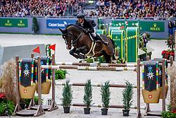 GUERY Jérome (BEL), Quel Homme de Hus<br /> Genf - CHI Geneve Rolex Grand Slam 2019<br /> Rolex Grand Prix<br /> Internationale Springprüfung mit Stechen<br /> International Jumping Competition 1m60<br /> Grand Prix Against the Clock with Jump-Off<br /> 15. Dezember 2019<br /> © www.sportfotos-lafrentz.de/Stefan Lafrentz