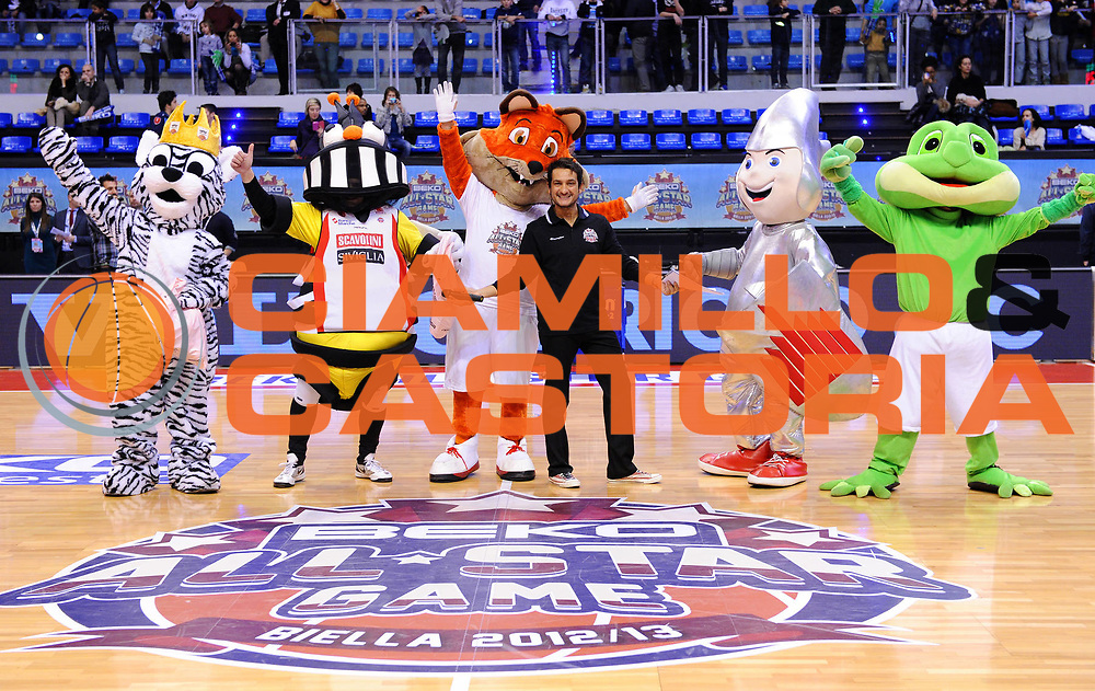 DESCRIZIONE : Biella Beko All Star Game 2012-13<br /> GIOCATORE : <br /> CATEGORIA : Mascotte Presentazione<br /> SQUADRA : <br /> EVENTO : All Star Game 2012-13<br /> GARA : Italia All Star Team<br /> DATA : 16/12/2012 <br /> SPORT : Pallacanestro<br /> AUTORE : Agenzia Ciamillo-Castoria/A.Giberti<br /> Galleria : FIP Nazionali 2012<br /> Fotonotizia : Biella Beko All Star Game 2012-13<br /> Predefinita :