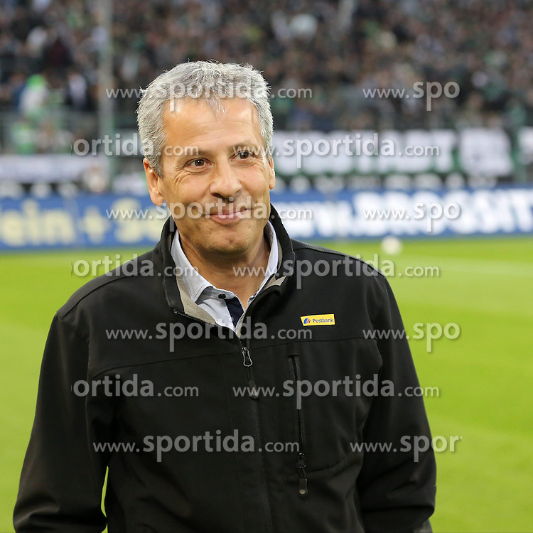 27.10.2013, Borussia Park, Moenchengladbach, GER, 1. FBL, Borussia Moenchengladbach vs Eintracht Frankfurt, 10. Runde, im Bild Trainer Lucien Favre (Borussia Moenchengladbach) gut gelaunt am Lachen, Emotion, Freude, Glueck // during the German Bundesliga 10th round match between Borussia Moenchengladbach and Eintracht Frankfurt at the Borussia Park in Moenchengladbach, Germany on 2013/10/27. EXPA Pictures &copy; 2013, PhotoCredit: EXPA/ Eibner-Pressefoto/ Schueler<br /> <br /> *****ATTENTION - OUT of GER*****