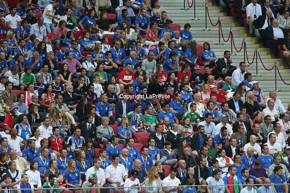 Jonathan Moscrop - LaPresse<br /> 28 06 2012 Varsavia ( Polonia )<br /> Sport Calcio<br /> Europei 2012 Polonia e Ukraina - Semi Finale Germania vs. Italia - Stadio Nazionale di Varsavia<br /> Nella foto: Le moglie <br /> <br /> Jonathan Moscrop - LaPresse<br /> 28 06 2012 Warsaw ( Polonia )<br /> Sport Soccer<br /> Euro 2012 Poland and Ukraine - Semi Final Germany versus Italy - National Stadium Warsaw<br /> In the photo:  player's wives pictured at the game