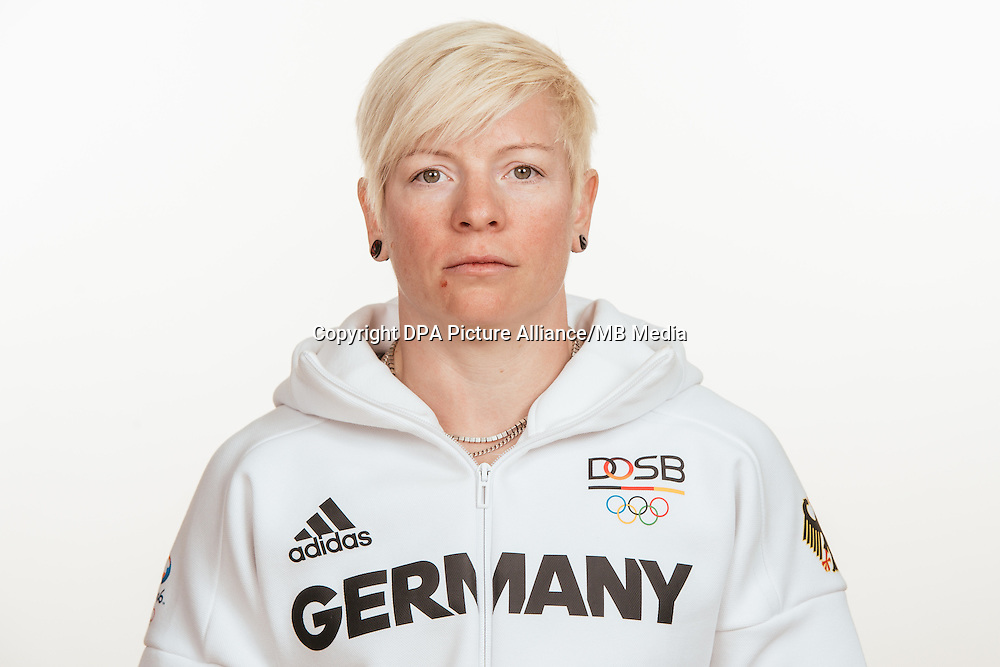 Martina Strutz poses at a photocall during the preparations for the Olympic Games in Rio at the Emmich Cambrai Barracks in Hanover, Germany, taken on 20/07/16 | usage worldwide