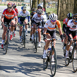 05-04-2015: Wielrennen: Ronde van Vlaanderen vrouwen: BelgieOUDENAARDE (BEL) cyclingThe 3th race in the UCI womens World Cup is the 12th edition of the Ronde van Vlaanderen. The race distance is 145 km with 12 Climbs and 5 zones of Cobbles. Annemiek van Vleuten was actief in de koers. Hier in een kopgroep met o.a. Ellen van Dijk