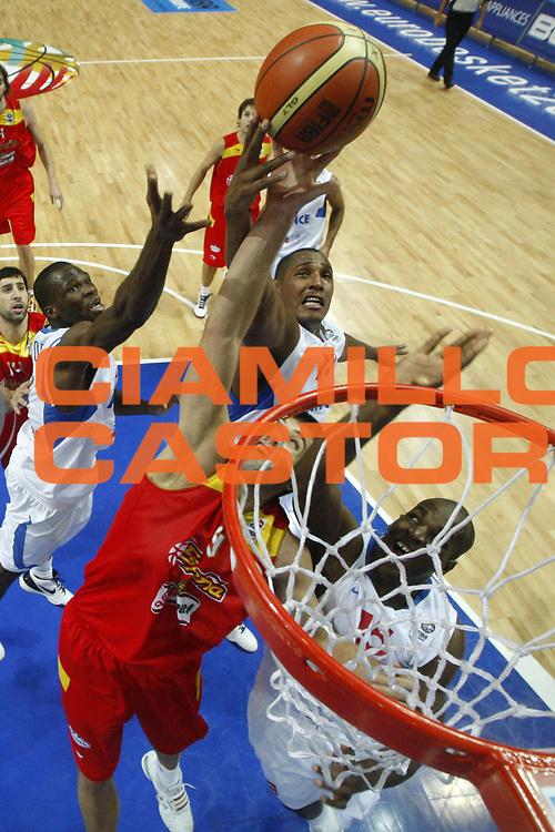 DESCRIZIONE : Katowice Poland Polonia Eurobasket Men 2009 Quarter Final Francia France Spagna Spain<br /> GIOCATORE : Felipe Reyes<br /> SQUADRA : Spagna Spain<br /> EVENTO : Eurobasket Men 2009<br /> GARA : Francia France Spagna Spain<br /> DATA : 17/09/2009 <br /> CATEGORIA :<br /> SPORT : Pallacanestro <br /> AUTORE : Agenzia Ciamillo-Castoria/E.Castoria<br /> Galleria : Eurobasket Men 2009 <br /> Fotonotizia : Katowice  Poland Polonia Eurobasket Men 2009 Quarter Final Francia France Spagna Spain<br /> Predefinita :