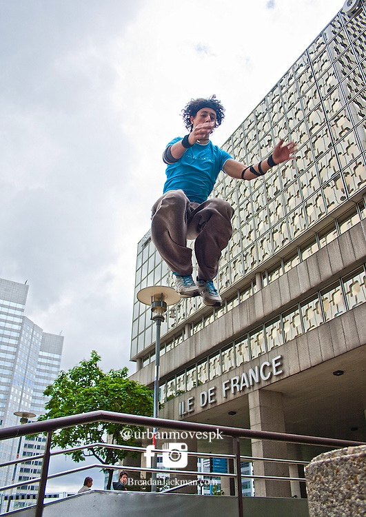 Simon Nogueira of the French Freerun Family at La Defense, Paris. Parkour, Freerunning photography in Paris, France with Simon Nogueira, Florian Bernard and Marsu MxM.