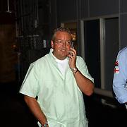 NLD/Amsterdam/20050719 - Winterpresentatie SBS 2005, Olaf Moll en Jack Plooy bellend
