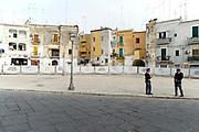 Il centro storico di Bari transennato durante G7 dei Ministri delle Finanze. Bari 11 Maggio 2017. Christian Mantuano / OneShot<br /> <br /> The old town of Bari during a G7 summit of Finance Ministers on May 11, 2017 in Bari. Christian Mantuano / OneShot