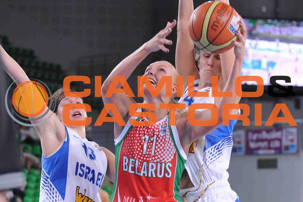 DESCRIZIONE : Bydgoszcz Poland Polonia Eurobasket Women 2011 Round 1 Israele Bielorussia Israel Belarus<br /> GIOCATORE : Yelena Leuchanka<br /> SQUADRA : Bielorussia Belarus<br /> EVENTO : Eurobasket Women 2011 Campionati Europei Donne 2011<br /> GARA : Israele Bielorussia Israel Belarus<br /> DATA : 19/06/2011 <br /> CATEGORIA : <br /> SPORT : Pallacanestro <br /> AUTORE : Agenzia Ciamillo-Castoria/M.Marchi<br /> Galleria : Eurobasket Women 2011<br /> Fotonotizia : Bydgoszcz Poland Polonia Eurobasket Women 2011 Round 1 Israele Bielorussia Israel Belarus<br /> Predefinita :