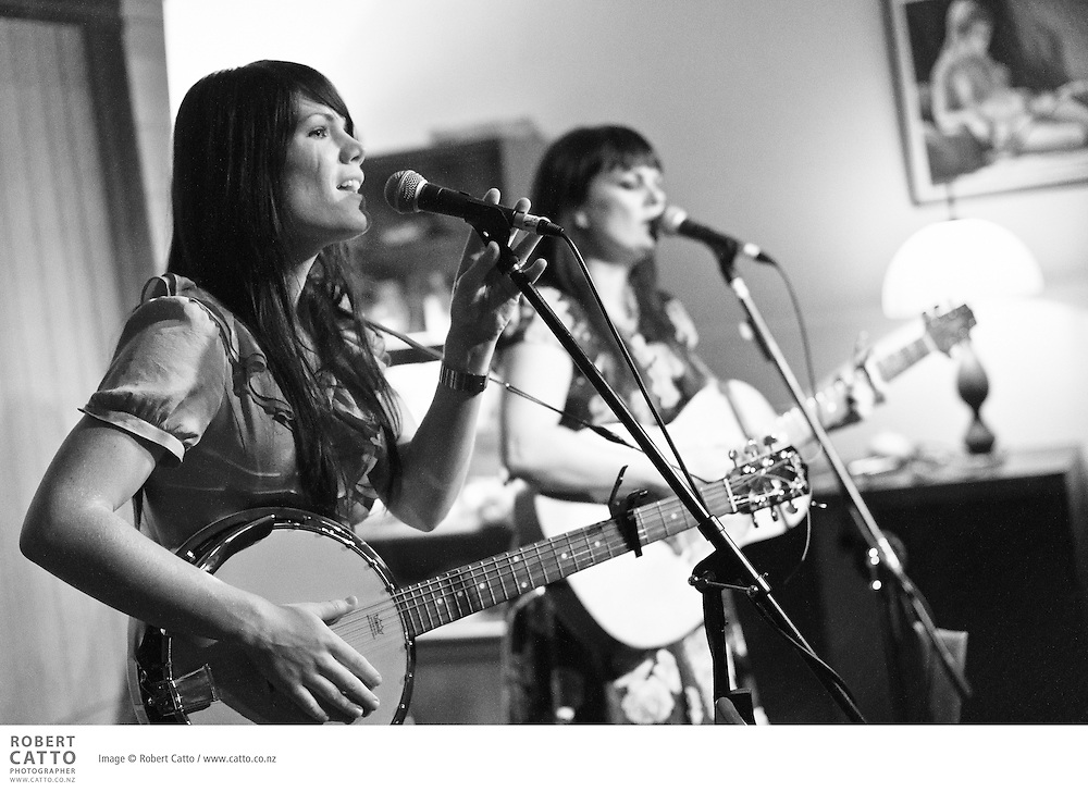 Singer-songwriters Tami Neilson and Lauren Thomson perform at Meow cafe in Wellington.