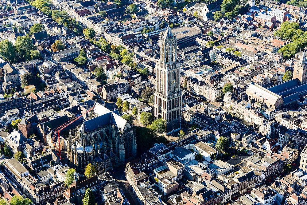 Nederland, Utrecht, Gemeente Utrecht, 30-09-2015; de Utrechtse binnenstad,  Domplein met Domtoren en Domkerk.<br /> Downtown Utrecht and city centre.<br /> luchtfoto (toeslag op standard tarieven);<br /> aerial photo (additional fee required);<br /> copyright foto/photo Siebe Swart