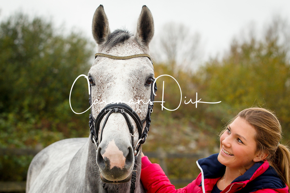 De Jong Sanne, (NED), Enjoy<br /> Stal Lijnden - Aalsmeer 2015<br /> &copy; Dirk Caremans<br /> 19/11/15