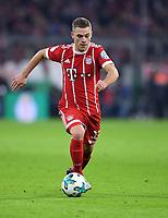 Fussball  DFB Pokal  Achtelfinale  2017/2018   FC Bayern Muenchen - Borussia Dortmund        20.12.2017 Joshua Kimmich (FC Bayern Muenchen)