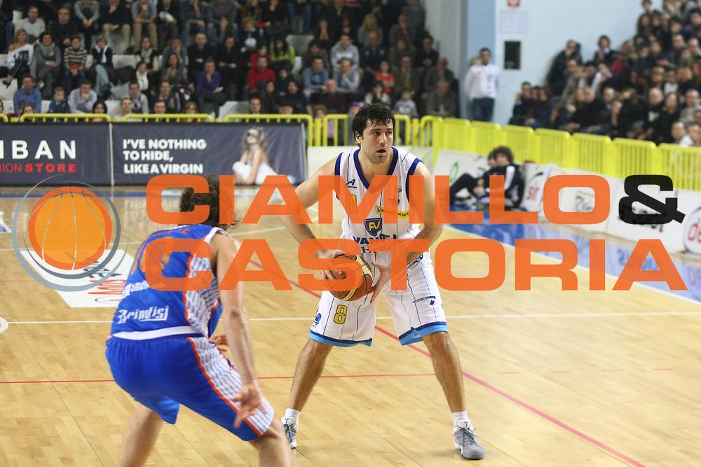 DESCRIZIONE : Cremona Lega A 2010-2011 Vanoli Braga Cremona Enel Brindisi<br />GIOCATORE : Blagota Sekulic<br />SQUADRA : Vanoli Braga Cremona<br />EVENTO : Campionato Lega A 2010-2011<br />GARA : Vanoli Braga Cremona Enel Brindisi<br />DATA : 06/02/2011<br />CATEGORIA : Passaggio<br />SPORT : Pallacanestro<br />AUTORE : Agenzia Ciamillo-Castoria/F.Zovadelli<br />GALLERIA : Lega Basket A 2010-2011<br />FOTONOTIZIA : Cremona Campionato Italiano Lega A 2010-11 Vanoli Braga Cremona Enel Brindisi<br />PREDEFINITA :
