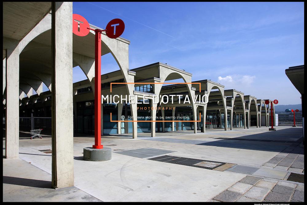 Torino architettura olimpica..Villaggio Olimpico ex MOi....