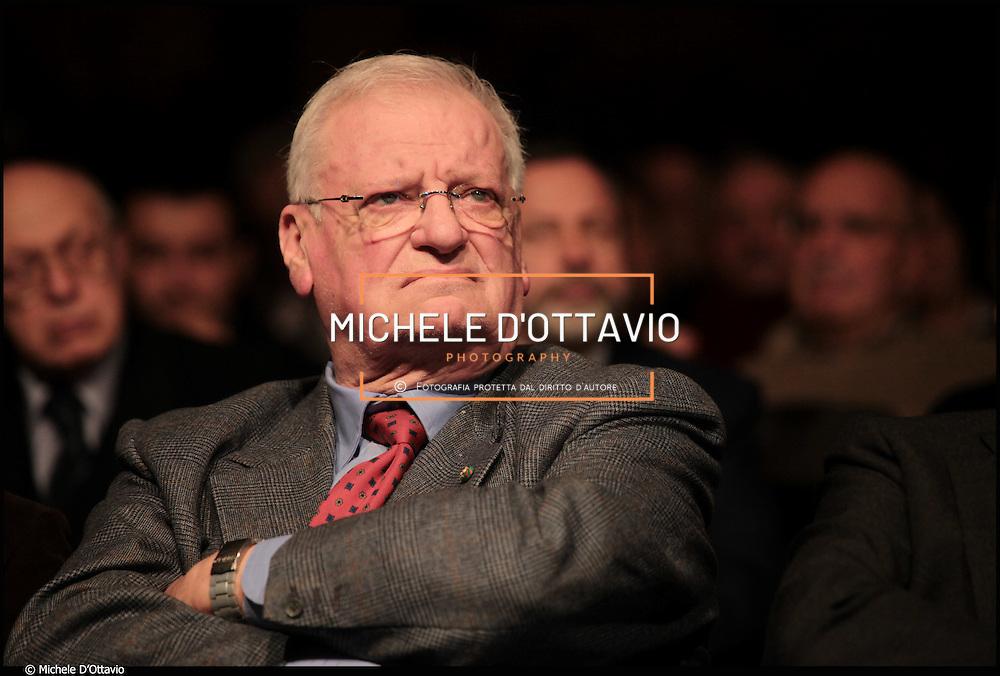 Enrico Salza (Torino, 1937) è un imprenditore e banchiere