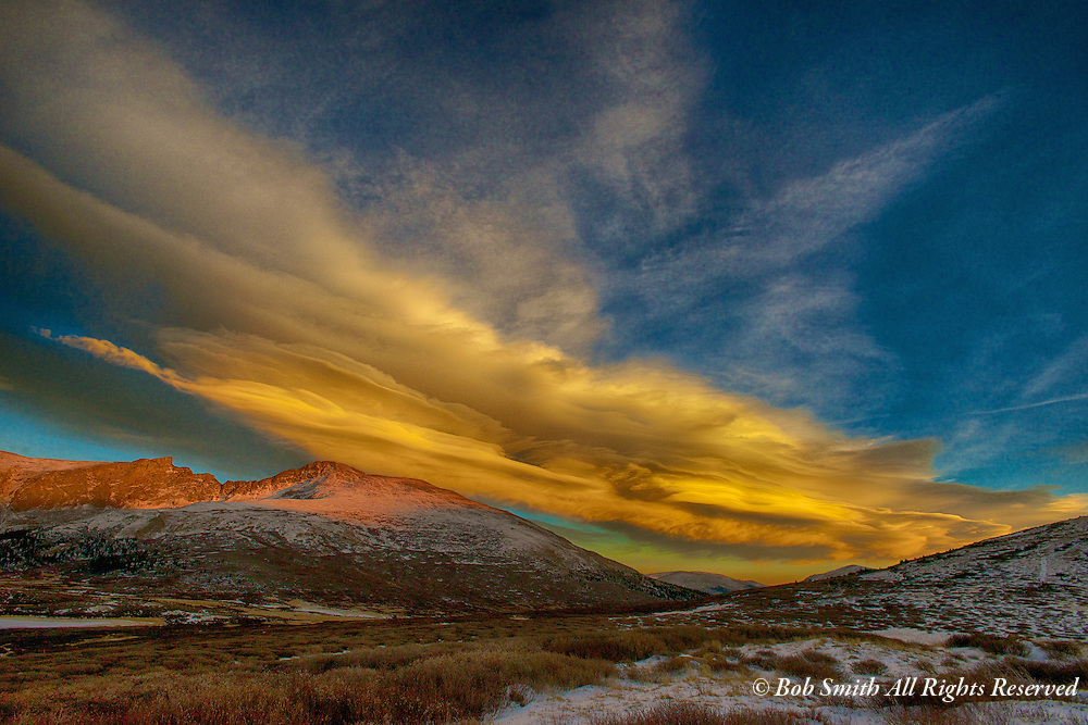 Sunset on Guanella Pass and a lenticular cloud over Mt Bierstadt.