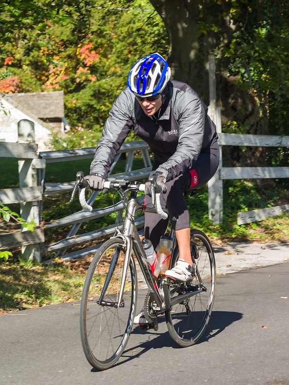 Shake It Off bicycle ride to raise funds for Parkinsons Disease research, October 2016.