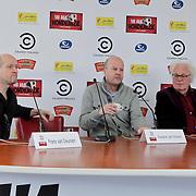 NLD/Amsterdam/20120313 - Perspresentatie Hi Ha Hondenlul, Frans van Deursen, Diederik van Vleuten, Henk Spaan