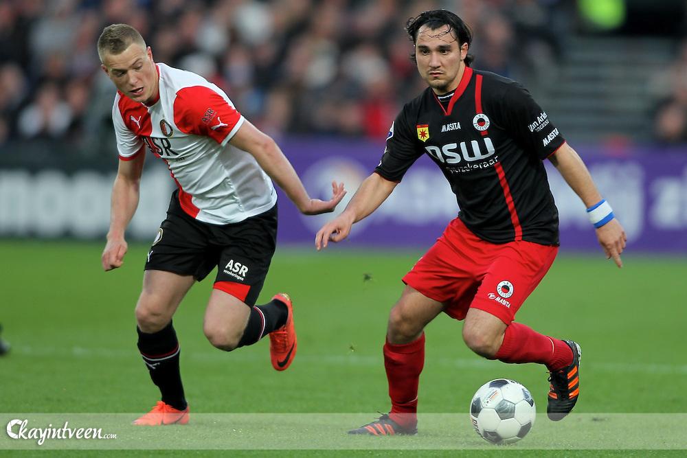 FEYNOORD - Feyenoord - Excelsior , Voetbal  , seizoen 2011-2012 , Eredivisie , 14-04-2012 , De Kuip , Feyenoord speler John Guidetti (l) in duel met Excelsior speler Samuel Scheimann (r)