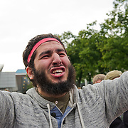 Op zondag 16 september 2012 werd op het Museumplein te Amsterdam nabij het Amerikaanse Consulaat gedemonstreerd tegen de anti-islamfilm Innocence of Muslims, door de groepering Behind Bars, waarover vrijwel niets bekend is. Er waren een kleine honderd demonstranten aanwezig en de betoging verliep rustig. Na de demonstratie werd er gebeden.Burgemeester Eberhard van der Laan heeft voorwaarden gesteld aan de demonstratie: De openbare orde mag niet in gevaar komen; en Demonstranten moeten op een afstand van tenminste 200 meter van het Amerikaanse consulaat blijven. Van der Laan verwacht dat de betoging rustig verloopt, maar voor de zekerheid zal hij toch voorbereidingen treffen om de orde te handhaven. Daarnaast houdt de burgemeester vast aan het feit dat demonstreren een grondrecht is, en dat deze vrijheid moet blijven gewaarborgd.
