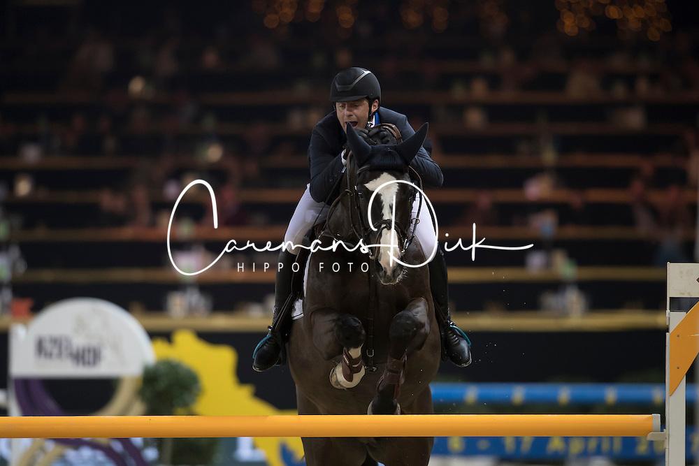 Vermeiren Jan, BEL, Le Blue Diamond vt Ruytershof<br /> Young Stallions 5 years of age<br /> Vlaanderens Kerstjumping Memorial Eric Wauters<br /> &copy; Dirk Caremans<br /> 27/12/2016