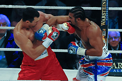 02.07.2011, Imtech Arena, Hamburg, GER, WM Fight IBF, IBO and WBO world champion Wladimir Klitschko vs WBA champion David Haye, im Bild beide Boxer in Aktion. // during the WM fight between Wladimir Klitschko and David Haye, in the Imtech Arena, Hamburg, 2011/07/02. .EXPA Pictures © 2011, PhotoCredit: EXPA/ nph/  Witke       ****** out of GER / CRO  / BEL ******
