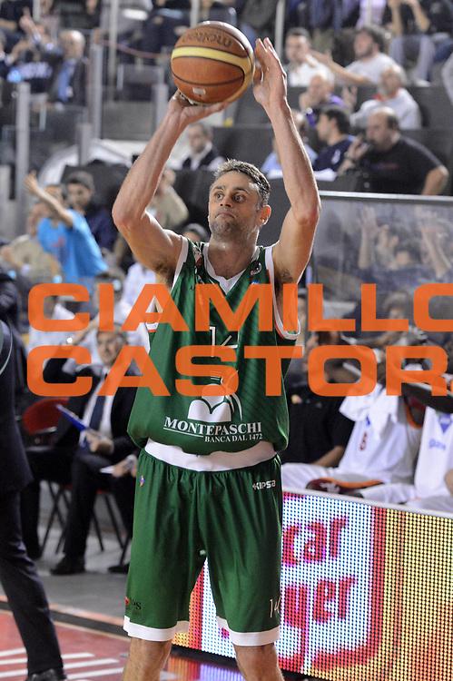 DESCRIZIONE : Roma Lega A 2012-13 Acea Roma Montepaschi Siena <br /> GIOCATORE : Tomas Ress<br /> CATEGORIA : tiro<br /> SQUADRA : Montepaschi Siena<br /> EVENTO : Campionato Lega A 2012-2013 <br /> GARA : Acea Roma Montepaschi Siena <br /> DATA : 12/11/2012<br /> SPORT : Pallacanestro <br /> AUTORE : Agenzia Ciamillo-Castoria/GiulioCiamillo<br /> Galleria : Lega Basket A 2012-2013  <br /> Fotonotizia :  Roma Lega A 2012-13 Acea Roma Montepaschi Siena <br /> Predefinita :