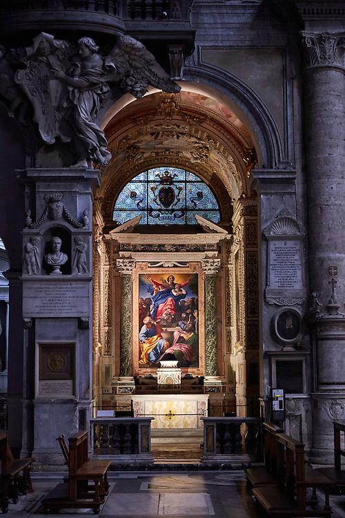 Santa Maria del Popolo<br /> <br /> Bilder av kulturskatter i Roma til boka Roma, historiske vandringer.  Skrevet av Nils Jøran Riedl, utgitt på  Gursli Berg forlag.