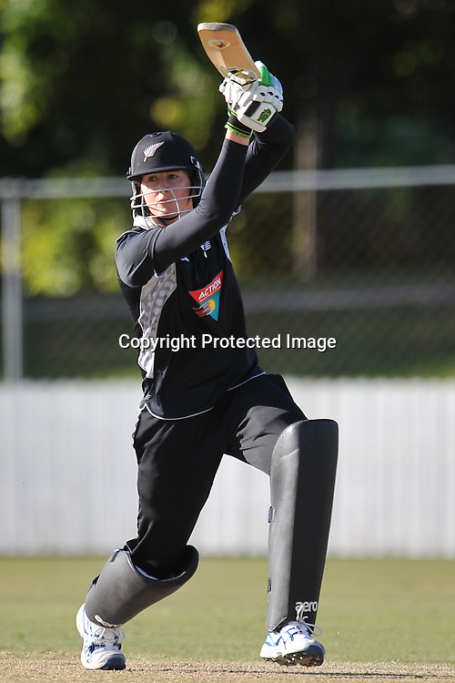 Nicola Browne follows through ~ Game 7 (ODI) of the Rose Bowl Trophy Cricket played between Australia and New Zealand at Alan Border Field in Brisbane (Australia) ~ Thursday 16th June 2011 ~ Photo : Steven Hight (AURA Images) / Photosport