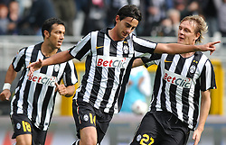 17.10.2010, Stadio Olimpico, Turin, ITA, Serie A, Juventus Turin vs US Lecce, im Bild L'esultanza dei giocatori della Juventus per il gol dell' 1-0 di Alberto Aquilani.Juventus players celebrate their teammate Alberto Aquilani 's 1-0 leading goal.EXPA Pictures © 2010, PhotoCredit: EXPA/ InsideFoto/ Giorgio Perottino +++++ ATTENTION - FOR AUSTRIA AND SLOVENIA CLIENT ONLY +++++..